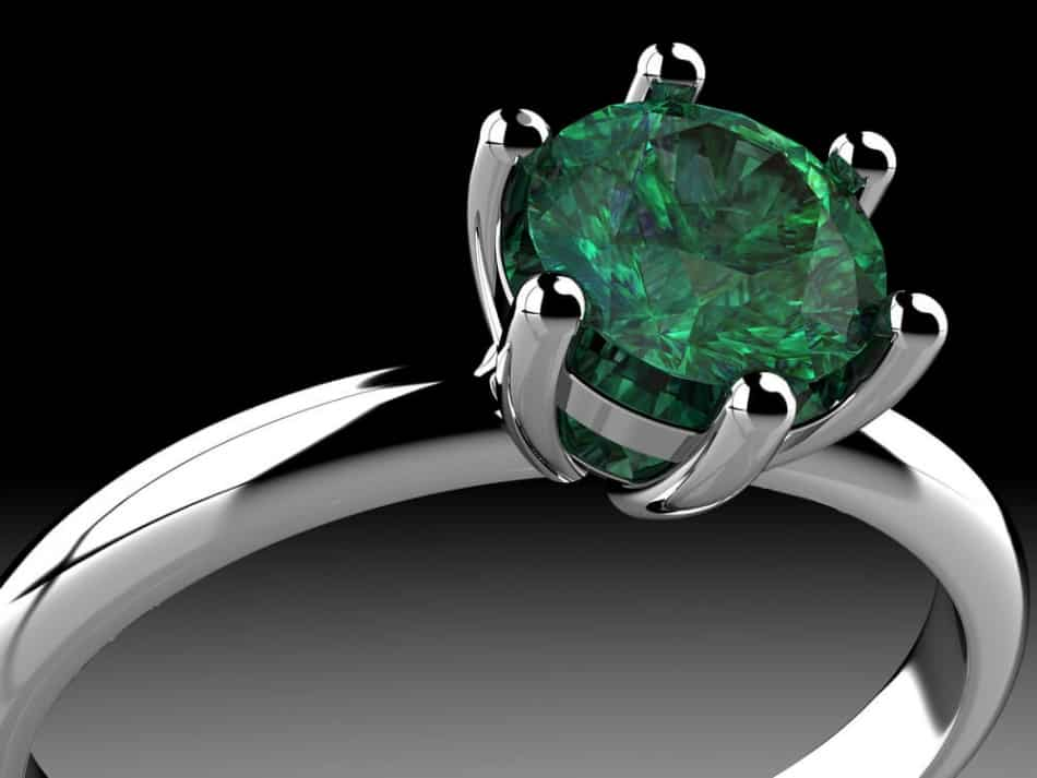 How to Clean an Emerald Ring